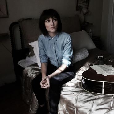 """Watch Out for Molly Tuttle's Rapid """"Rise"""""""