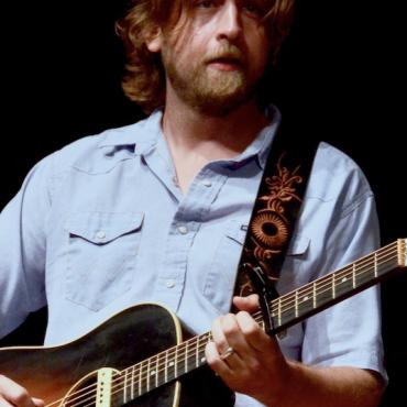 Kick Off the New Year with Upcoming Roots Releases: From Hayes Carll to The Flesh Eaters