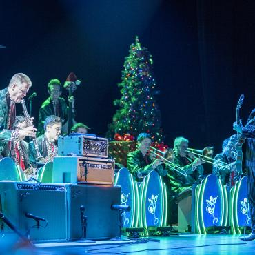 The Brian Setzer Orchestra – Christmas Rocks! Tour 2017 at The Paramount Theatre