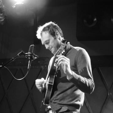 Chris Thile's Solo Sunday Matinée