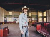 David Rawlings Stands Out