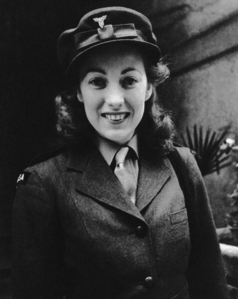 Wartime Singer Vera Lynn Celebrated at Age 100
