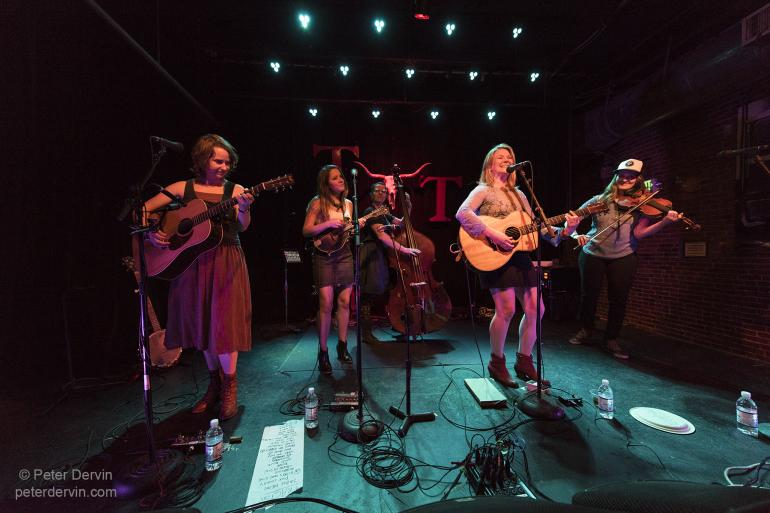 Della Mae at the Tractor Tavern