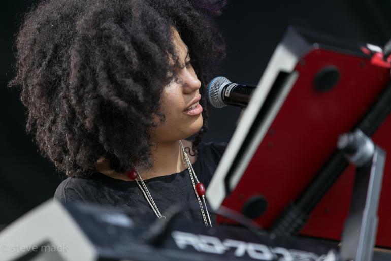 Lisa-Kainde (Ibeyi) ~ 2016 Nelsonville Music Festival
