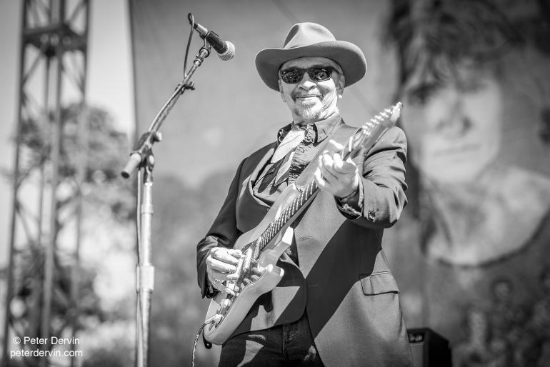 Dave Alvin performing at Hardly Strictly Bluegrass