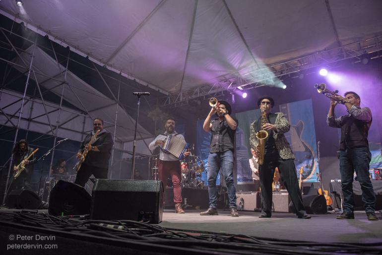 The Mavericks at Waterfront Blues Festival 2018