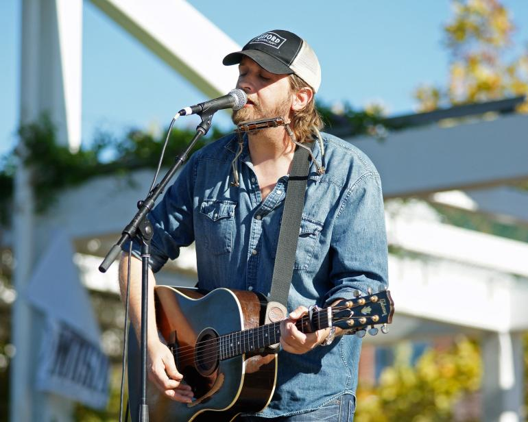 Hayes Carll, Tulsa Roots Rocks the Green, Guthrie Green