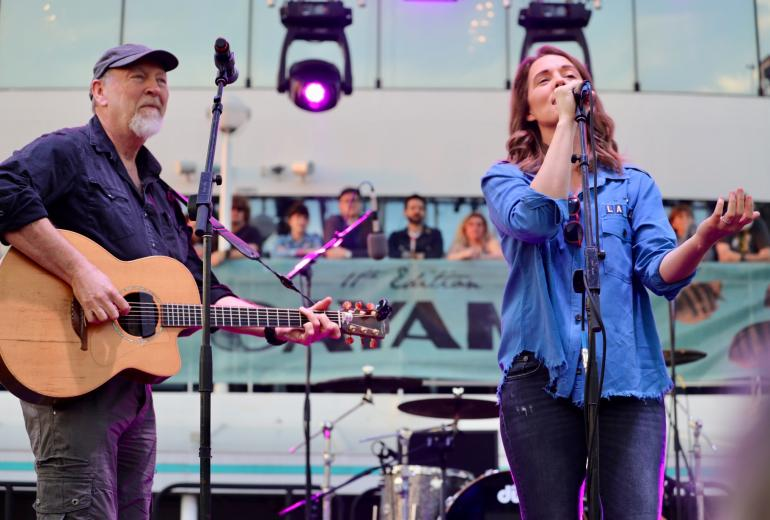 Richard Thompson and Brandi Carlile during John Prine Celebration on Cayamo 2018