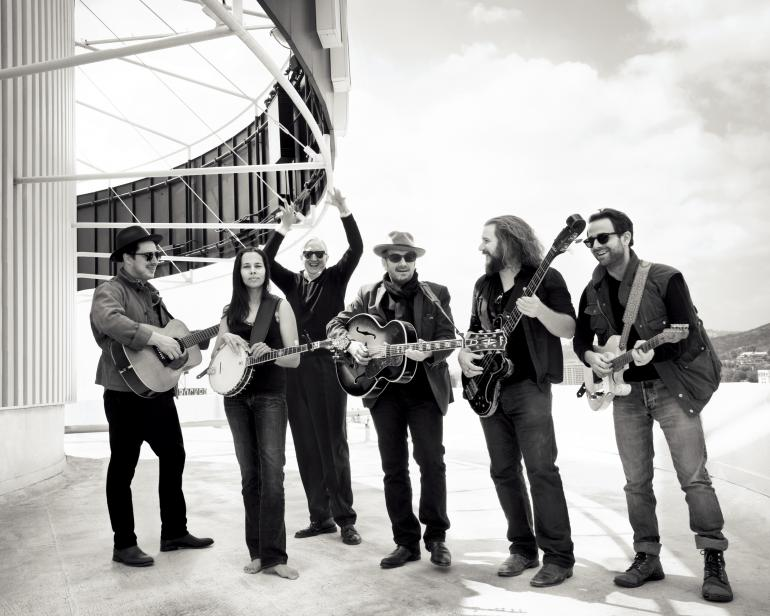 """Lost on the River"" band, assembled by T Bone Burnett"