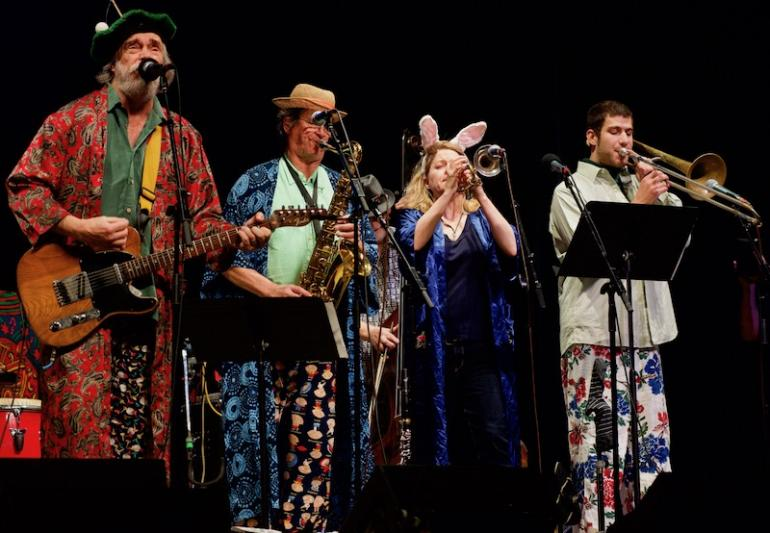 Chandler Travis Philharmonic, Mountaiun Stage 20111