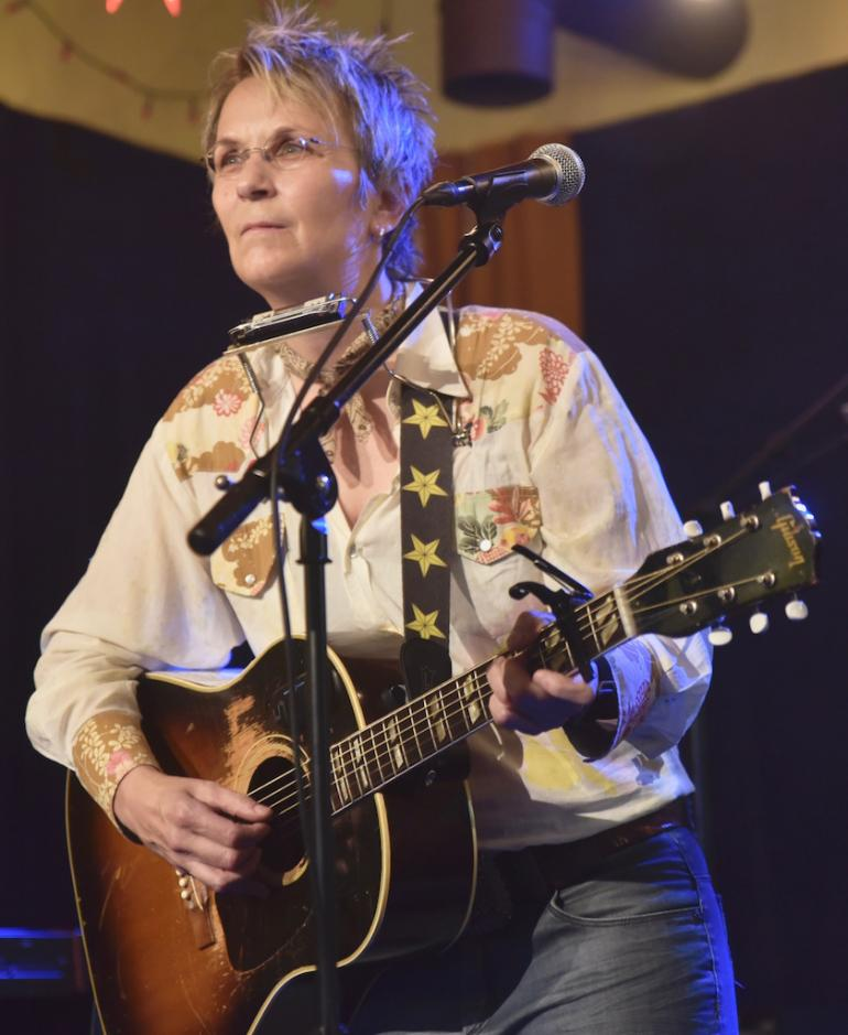 "Mary Gauthier pleads for ""Mercy Now"" at AmericanaFest 2016"