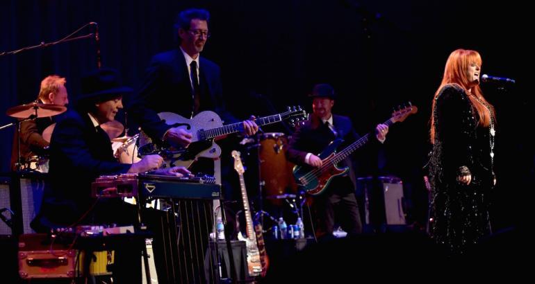 "Wynonna Judd and the Big Noise: ""Million Miles"""