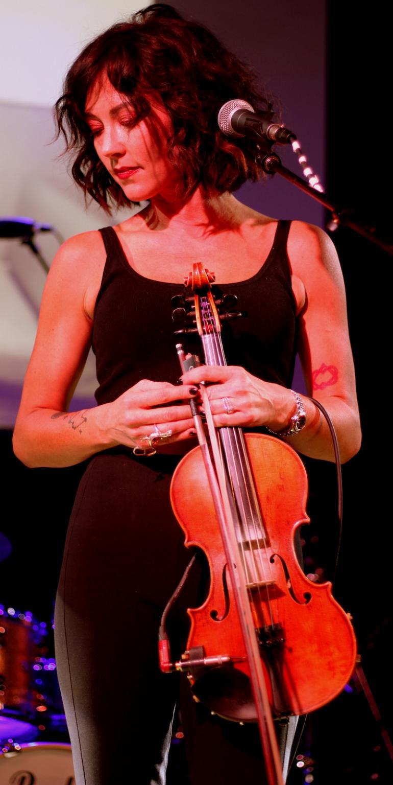 Amanda Shires at Americanafest 2018