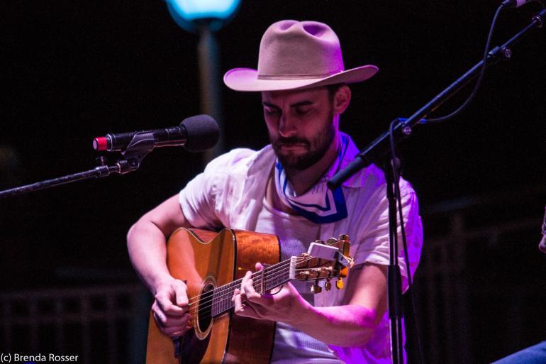 Robert Ellis performs on Cayamo