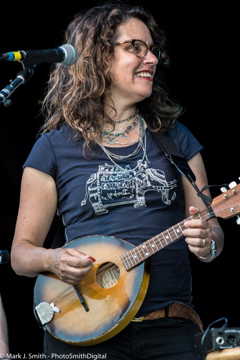 Lucy Kaplansky - Cry Cry Cry @ Philadelphia Folk Festival 2017