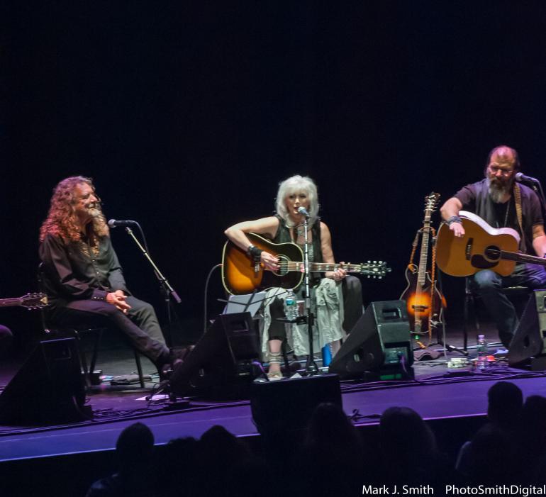 Emmylou Harris Concert for Refugees