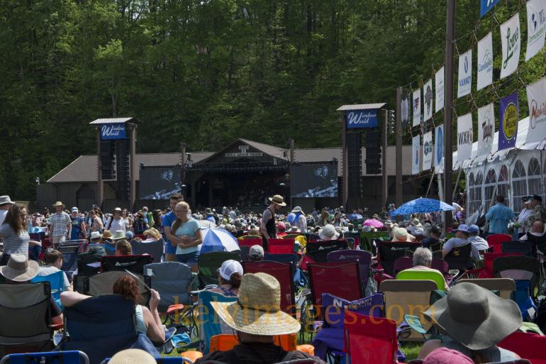 Huge crowd for the Sunday festivities at the Watson Stage for Merlefest.