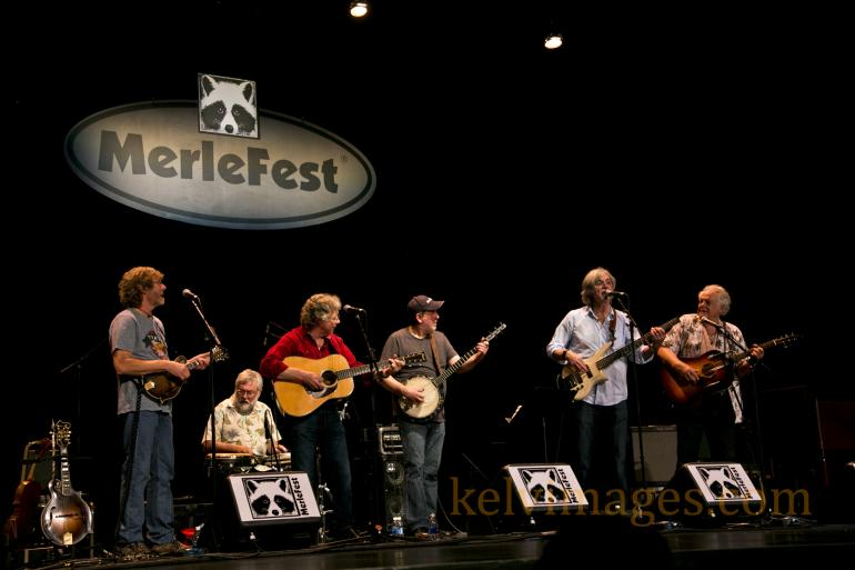 Merlefest Veterans' Jam played to a packed house at the Walker Center