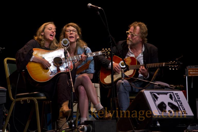 "Tift Merritt inviting everyone onto ""My Boat"" during the Walker Center set."