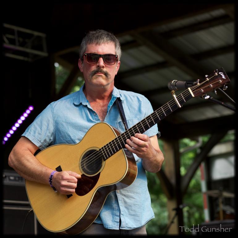Larry Keel at Floydfest