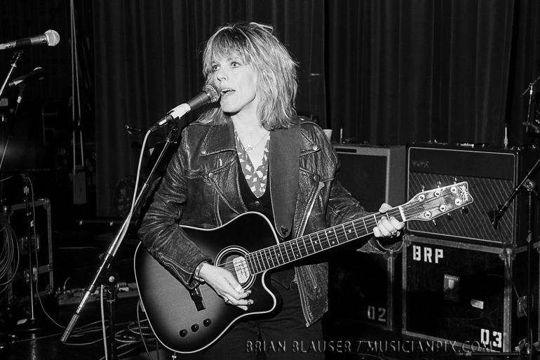 Lucinda Williams / Mountain Stage / 11-15-92