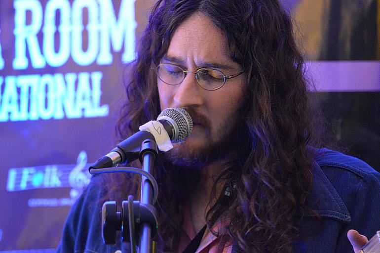 Jesse Aycock in The Oklahoma Room - Folk Alliance 2016
