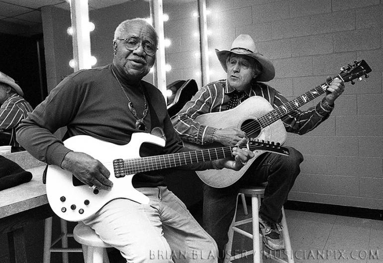 Pops Staples and Ramblin' Jack Elliott