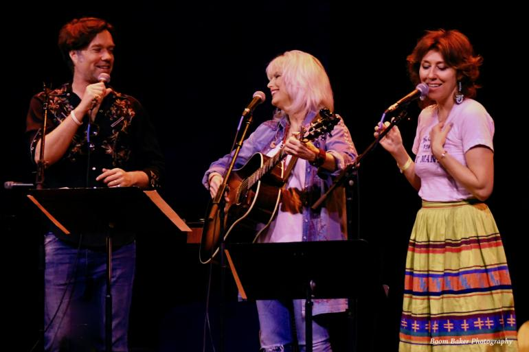 Rufus Wainwright, Emmylou Harris, & Martha Wainwright on Cayamo 2017
