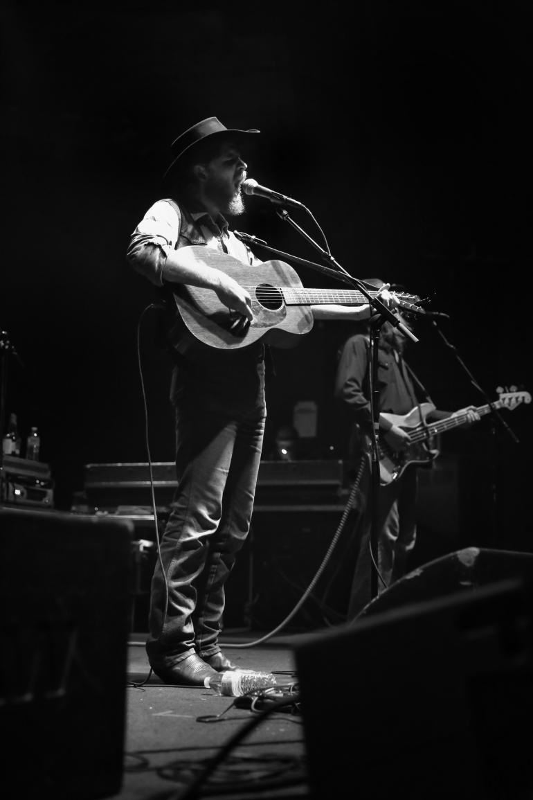Colter Wall, Newport Music Hall 9.28.17
