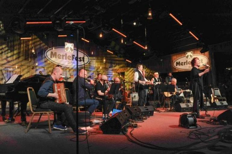 Transatlantic Sessions Orchestra with Maura O'Connell, MerleFest 2017